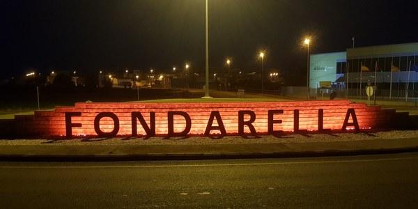 FONDARELLA ES TENYEIX DE VERMELL