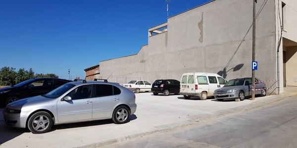 L'Ajuntament habilita un aparcament al carrer Ponent